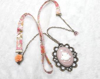 Liberty funny bird Cabochon necklace