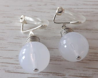 Clip-on light-bulb earrings, clipon Steampunk earrings, unpierced steampunk earrings, clip-on Cyberpunk earrings, non-pierced steampunk