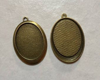 32 supports 40 * 30mm oval bronze pendant