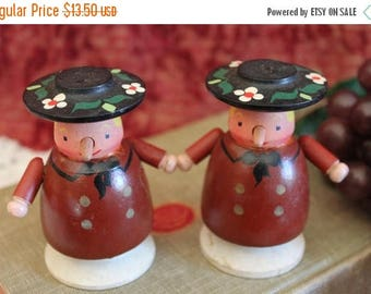 Christmas in July Wooden Traditional Folk People Salt and Pepper Shakers