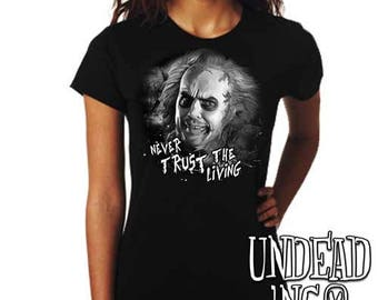 "Tim Burton Beetlejuice ""never trust the living""  - Ladies T Shirt - Black grey"