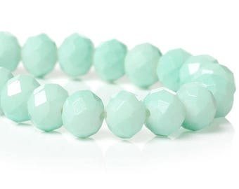 10 green Crystal faceted beads ' mint' 8 mm