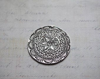Large charm / silver round Medallion floral metal 36mm