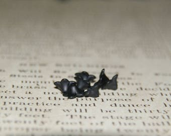 10 black lucite flower beads made of acrylic matte 5x8mm