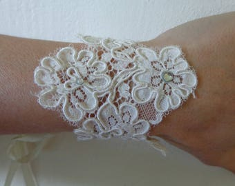 Bracelet ivory rhinestone lace available glove on wedding