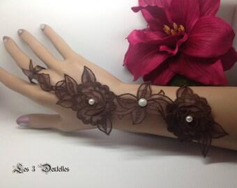 Pair mitten wedding lace model chocolate brown long