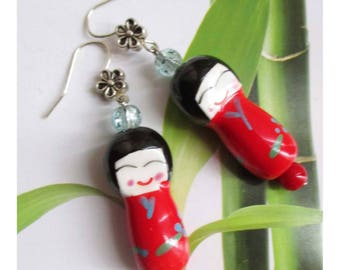 """Earring """"Doll Japanese porcelain red with blue flowers, and porcelain and glass beads"""""""