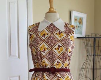 70s peter pan collar dress