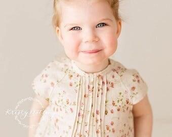 Daisy linen retro mini dress / floral dress / linen dress