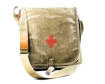 10% OFF 1937 years?!? Messenger bag canvas Vintage Army bag Military bag Medical bag Polish military bag military school bag military bag