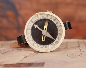 Wrist compass, Vintage army compass, Soviet army compass, Small size compass, Portable compass, Orientation wrist compass, Survival compass