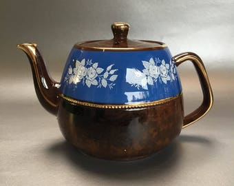 Vintage New Arthur Wood England Blue Floral Pottery Teapot Medium Size 4-5 cup