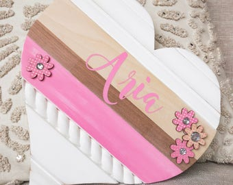 Baby Name Signs for Nursery, Heart Shaped Wall Art, Soft Pink and White Newborn Room Décor, Custom Wood Wall Hanging, Personalized for Girl
