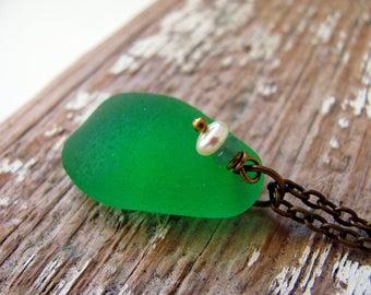 Green Sea Glass Necklace,Sea Glass Jewelry,Sea Glass Necklace,Sea Glass Pendant,Seaglass Necklace,Seaglass Jewelry,Beach Necklace,Beachy