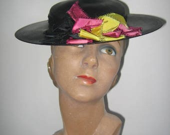 1930's Black Straw Boater Hat with Silk Ribbon and Net Trim!