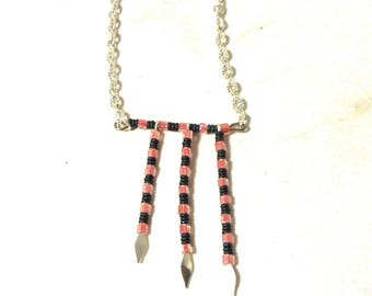 Pink and black beads silver arrows pendant necklace