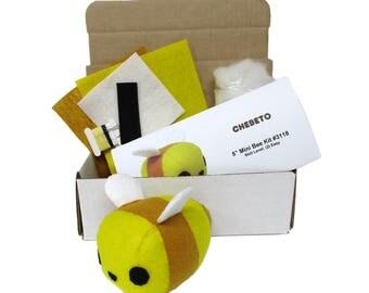 Mini Bumble Bee Sewing Kit, Stuffed Bee Kit, Small DIY Bumble Bee, Plush Bee Mini, Mini Bee Kit, Toy Bee DIY, Bee Sewing Kit, Bumble Bee Kit