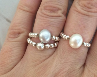 Grey Freshwater Pearl Sterling Silver stretch ring