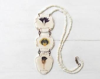 Triple Real  Flower Necklace, Cornflower,Pansy, Limonium, Romantic Pendant, Botanical Jewelry, Preserved Flower, Nature Jewelry, Nature