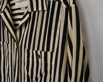 Small Silk Button up Blouse Stripe // Black and white // Casual Classy Classic short sleeve top // Andrea jovine