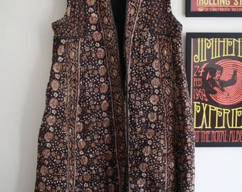 Vintage Black paisley Adini floral Indian cotton quilted long waistcoat gilet 60s 70s jacket S