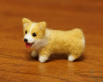 Pembroke welsh corgi figurine, Needle felted corgi art, funny corgi gifts, corgi lover gift, miniature dog figurine,gift for corgi lover,MTO
