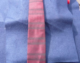 1960's Red and Black Two Tone Tie
