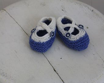 Cupcake Baby Booties / Blue & White Booties / Cute Buttons