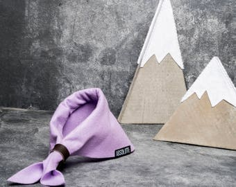 Felt Scout Style Dog Bandana - Size small - Dog accessories - Perfect for dogs and puppies - Handmade bandana - Lilac - Real leather woggle