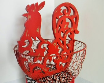 Rustic Red Rooster Wire Basket, French Country Basket, Rooster Farmhouse Decor, Wire Egg Basket, Chicken Wire and Wood Basket, Rustic Red