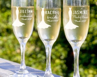 Bridesmaid Champagne Glasses, 6 Custom Engraved Toasting Glasses, Bridesmaids Wedding Gift, Bridesmaid Champagne Flutes, Personalized Gift