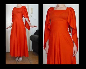 Vintage 70s red medieval maxi dress - drape sleeves & empire waist - goddess / sorceress / Game of Thrones / gothic vampiress gown - size S