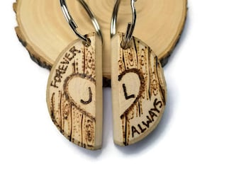 couples keychains, couples gift set, keychain set, custom keychain set, couples keychain, wooden keychains, set of keychains, your my person
