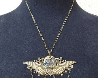 Steampunk Necklace, Angel wings Necklace, Steampunk Jewelry, Steampunk Gears, Steampunk Pendant, Steampunk Industrial Necklace,Neo Victorian