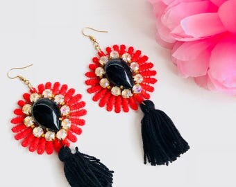 Maxi lace earrings, flower earrings, flower and beads earrings, earrings with beads, red and black earrings, maxi earrings, summer earrings