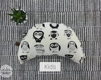 Children's Zafu crescent Moon Amma Therapie   Meditation Cushion & Relaxation   Buckwheat hulls   Canvas Cotton natural   Black Owl print