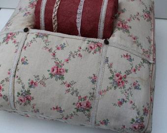 Rare antique lace tile. Sewing notions, lace, romantic fabric.