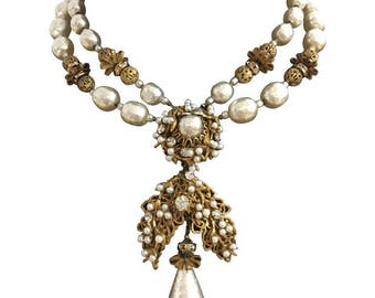 Huge Miriam Haskell Statement Necklace. 1960's. So Romantic!