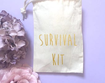Hangover kit- Survival kit- Hen party favours- Bridesmaid gift- Rustic wedding- Gift for her- Personalized bag- bachelorette party-Hen party