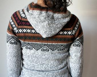 Genuine Peruvian Women's Jumper (M) - Alpaca Wool Sweater, MADE IN PERU. Super Soft Hoodie.