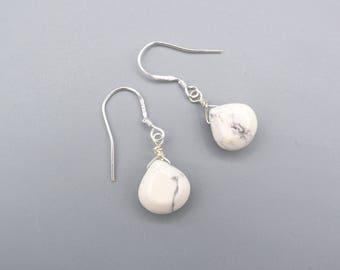 White Howlite Earrings, Howlite Drop Earrings - petite Earrings -  Ear Hook 925 Silver