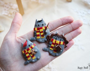 Gryffindor brooch Harry Potter Ron Weasley Hermione Granger pusheen cat brooch Hogwarts wiard cat jewelry Magic wand Kawaii Gryffindor magic