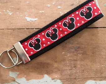 Minnie Mouse fob keychain wristlet