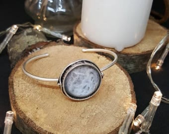 Bangle is Bring The Moon - cabochon - glass - silver - nature - Moon - hippie - Bohemian - gypsy - Valentine's day