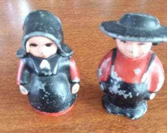 Vintage Cast Iron Amish Man/Woman Salt & Pepper Set