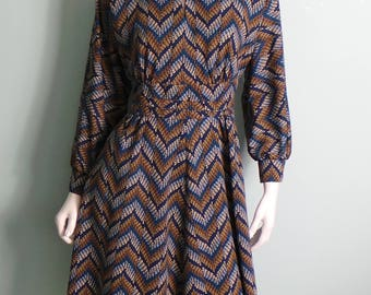 70s Blue & Brown Chevron Print Crimplene Flared Dress, Bishop Sleeve Belted Blue and Tan Striped Dress with Mandarin Collar, 34in Bust,Small