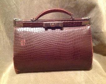 1930s /40s Vintage Ladies Handbag / Purse /Small Doctors Style Bag