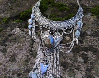 """Bib necklace drop Labradorite """"Vatni"""""""