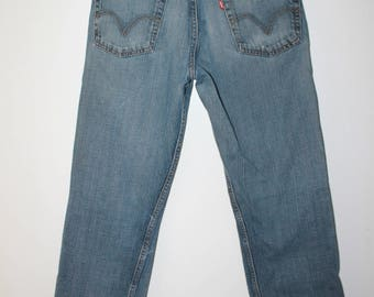 LEVI'S Vintage 505 W30 L32 medium wash distressed jeans