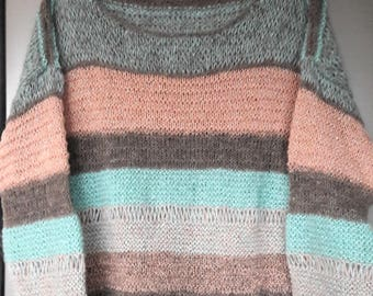 Warm sweater in a mix of merino and mohair-size S!